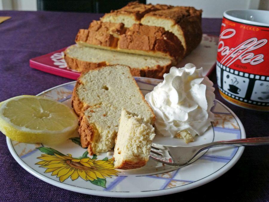 Ricotta-Zitronen-Kuchen low carb & glutenfrei