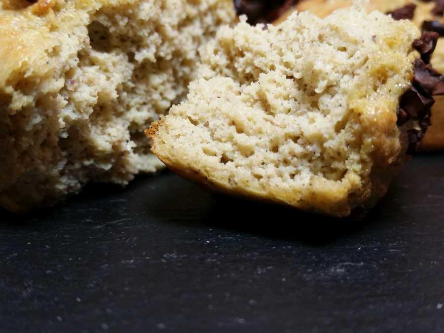 Weisse-Nougat-Muffins-lowcarb-glutenfrei