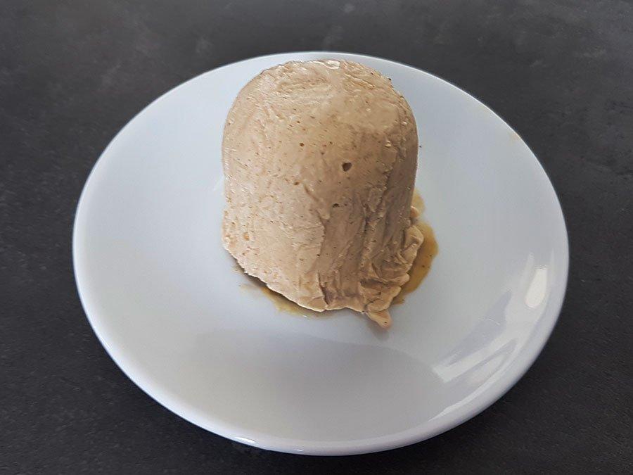 tartufo low carb zuckerfrei Eiscreme Haselnuss-Eis Karamell