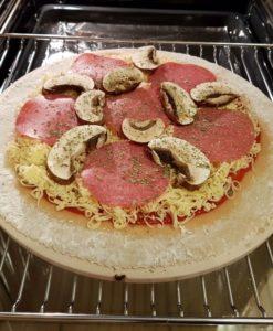 Rezept Steinofenpizza low carb glutenfrei Pizza vom Stein selbstgemacht mit Bambusfaser 42