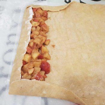 Rezept-Apfelstrudel-low-carb-glutenfrei-mit-Strudelteig-sojafrei-keto-mit-Bambusfaser