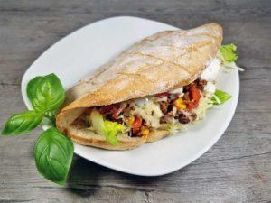 Chili-Con-Carne-im-Fladenbrot-Rezept-low-carb-glutenfrei