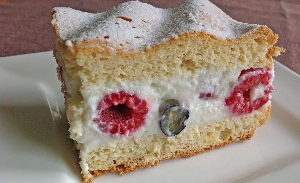 Rezept Leichte Beeren Joghurt Torte Lowcarb Und Glutenfrei Dr