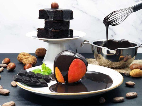 Schokoladenzauber-Schwarze-Sahne-zuckerfrei-low-carb-Schokolade-Pulver-keto