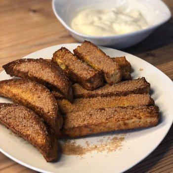 Rezept knusprige Brot-Sticks mit Vanille-Joghurt-Dip lowcarb glutenfrei kalorienarm