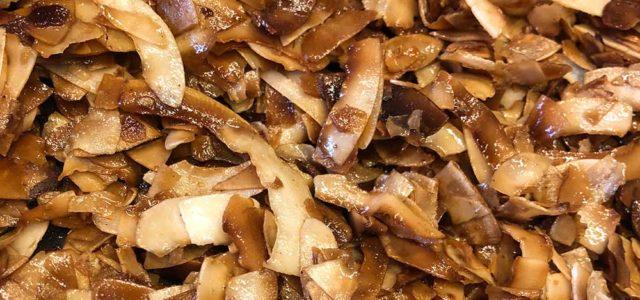 Rezept Kokoskrokant zum Snacken und für Desserts, Schokolade, Eis lowcarb keto