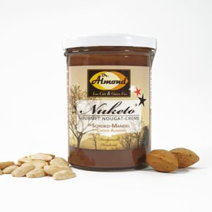 Nuketo-Schoko-Mandel-low-carb-Nougat-Aufstrich-Mandel-Nougat-Creme-keto-palmoelfrei-Glas