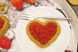 Rezept Mandel Pistazien Herzen mit Erdbeercreme lowcarb glutenfrei