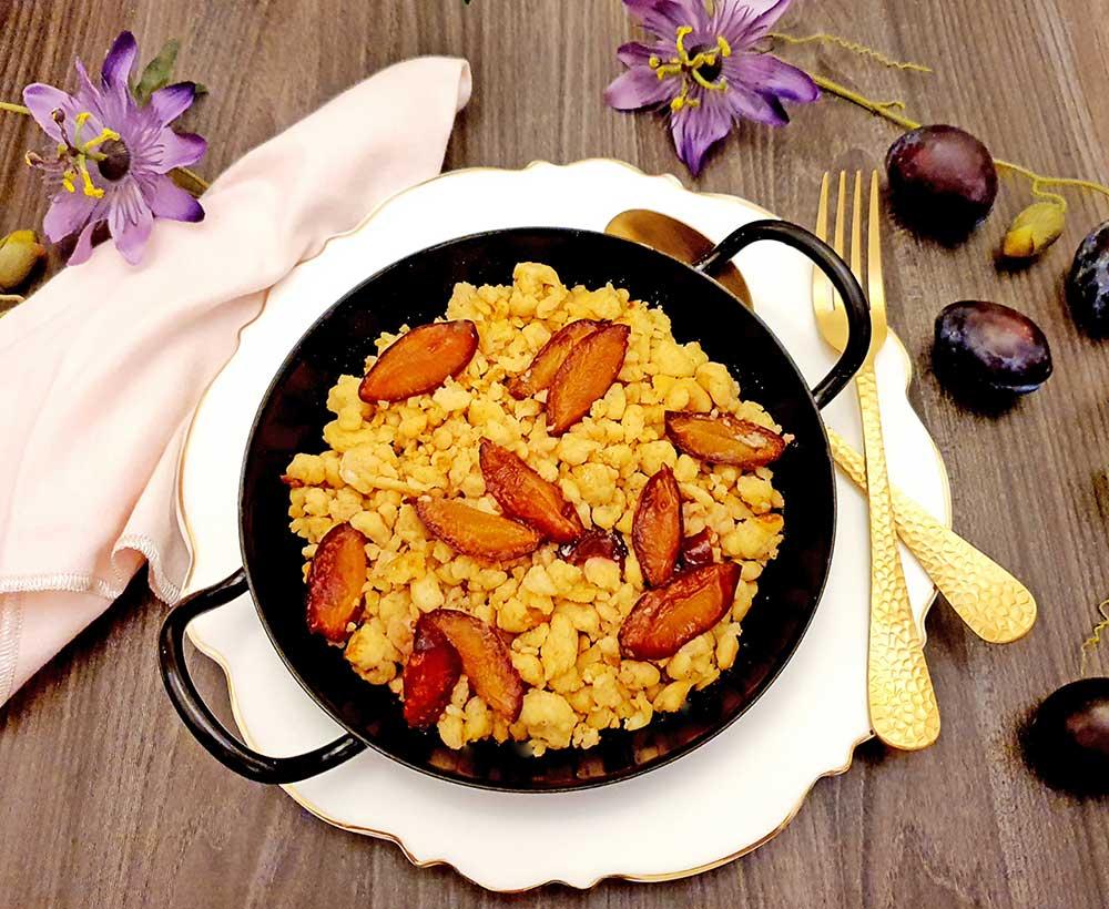Rezept Ricotta Kollagen Schmarrn mit karamellisierten Zwetschgen lowcarb glutenfrei