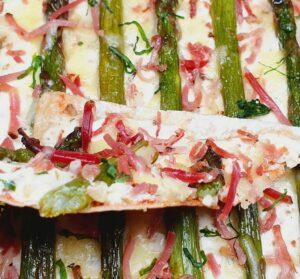 Rezept Spargel Speck Flammkuchen lowcarb keto glutenfrei