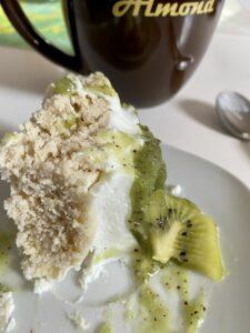 Rezept Kiwi-Weißwein-Joghurt-Kuchenbowl lowcarb glutenfrei