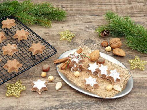 072-Plaetzchenzauber_Weihnachtszauber-ZIMTSTERNE-lowcarb-glutenfrei-Kekse-zuckerfrei